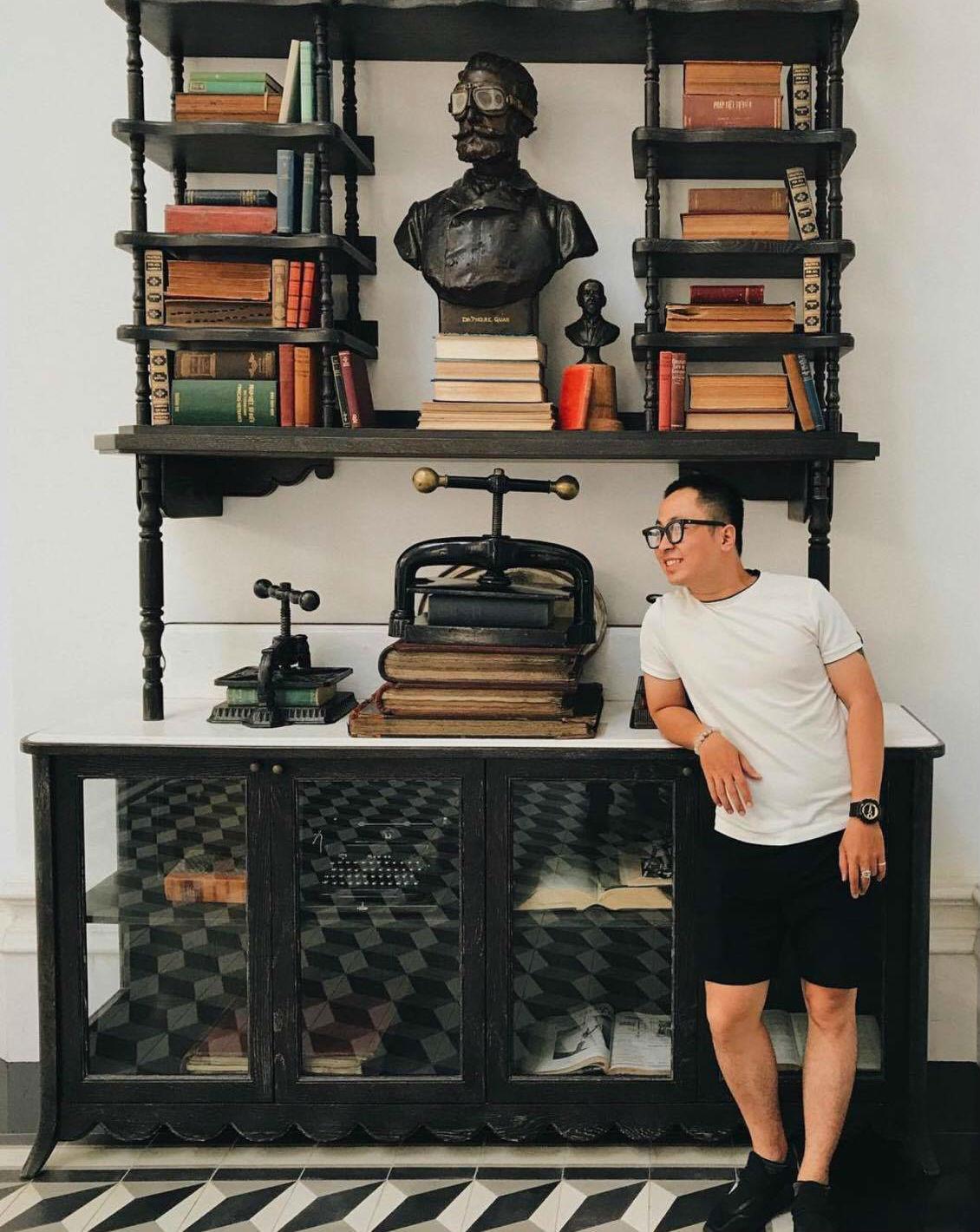 Tủ sách độc đáo tại JW Marriott Phu Quoc Emerald Bay