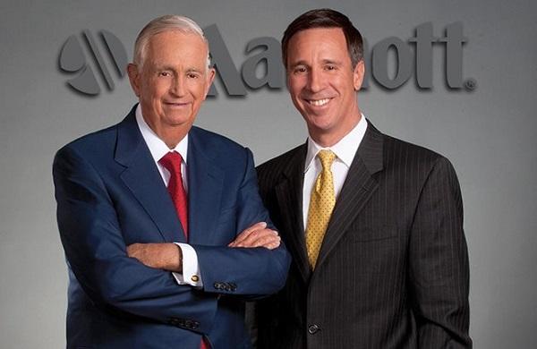John W. Marriott và con trai Bill Marriott