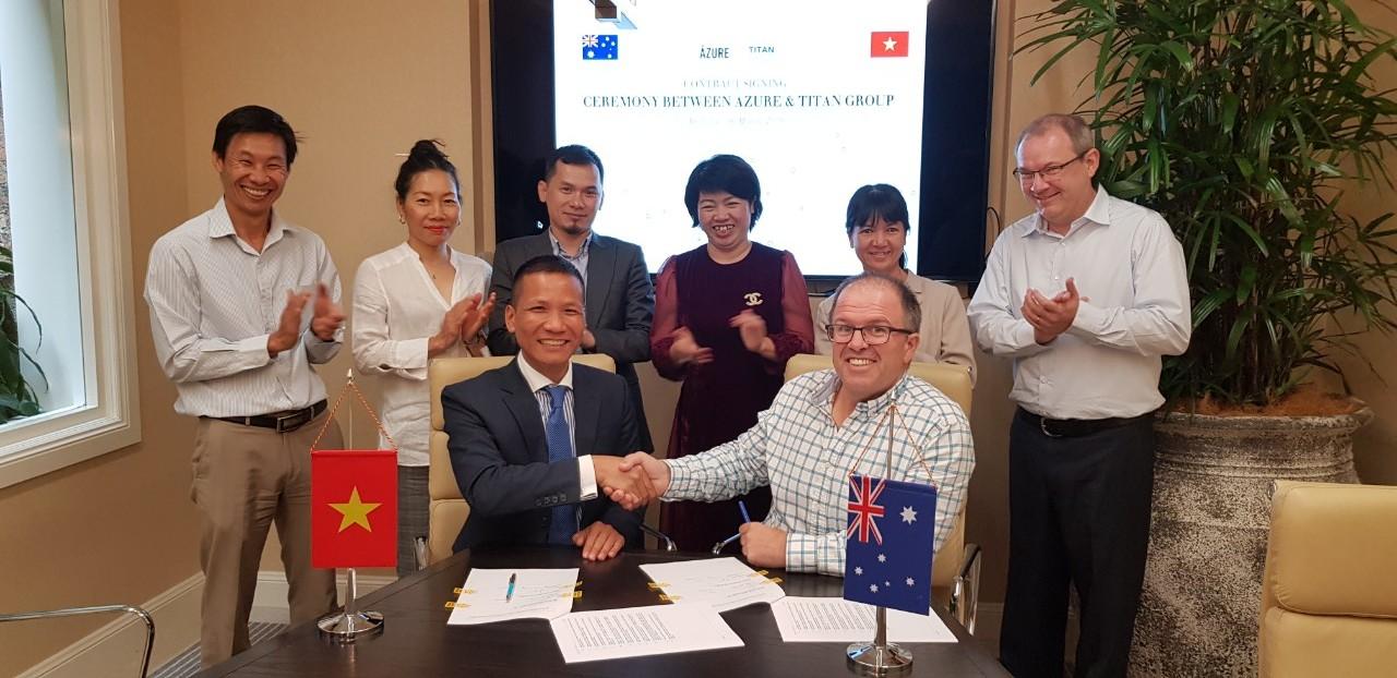 Lễ kí kết hợp đồng đại lý giữa Titan Group và chủ đầu tư Azure (Australia)