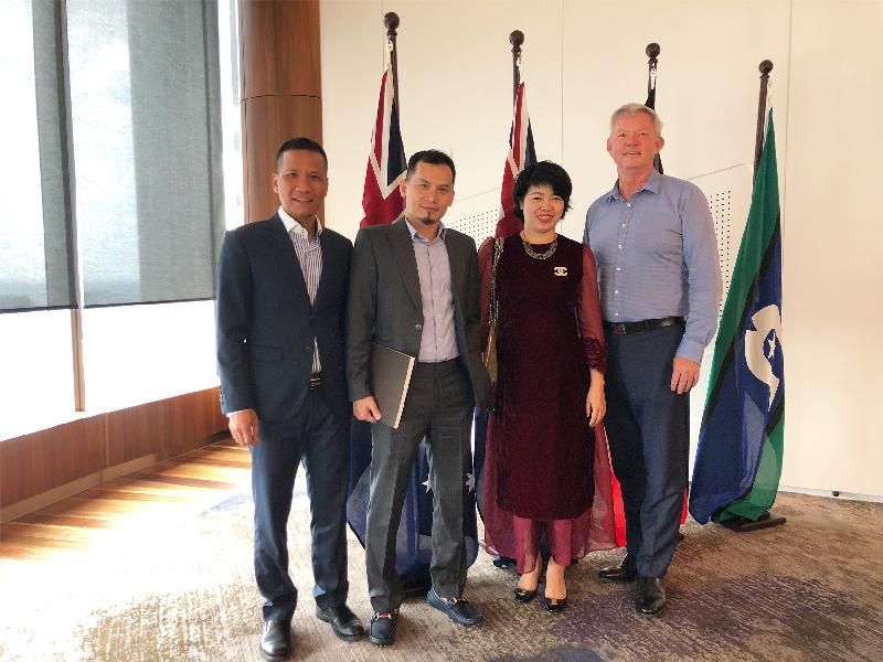 Gặp gỡ và làm việc với Cơ quan quản lý đầu tư và định cư tay nghề bang Queensland (BSMQ)