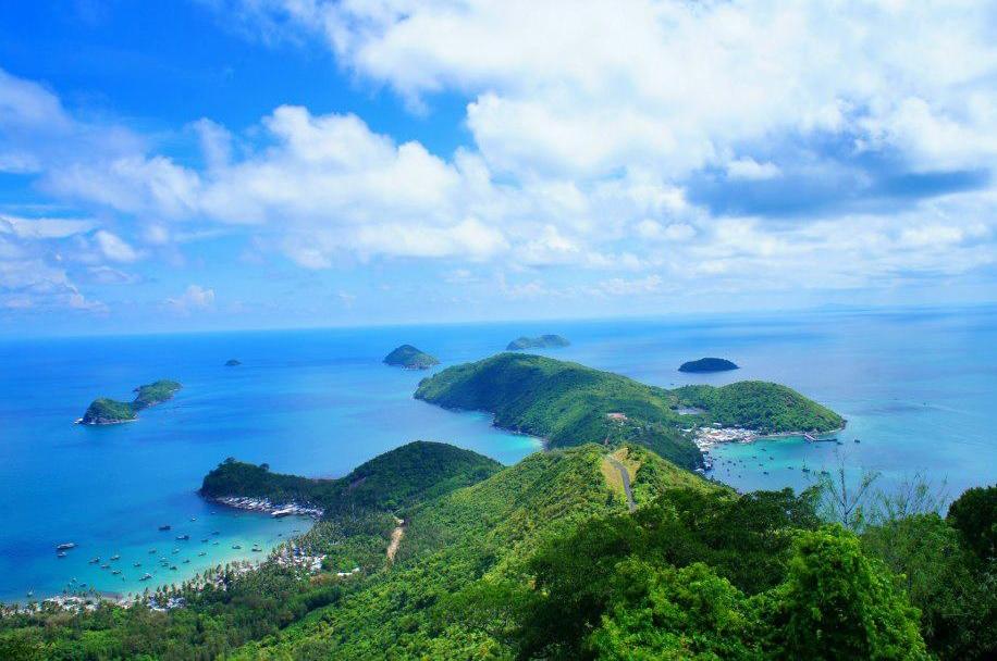 Bãi Đất Đỏ - mũi nhọn thương mại Phú Quốc