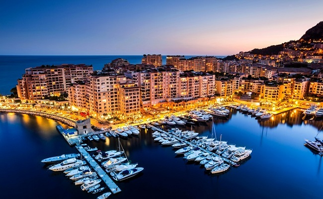 Bến cảng xa hoa tại Monaco nơi chỉ những du thuyền triệu đô mới có thể neo đậu