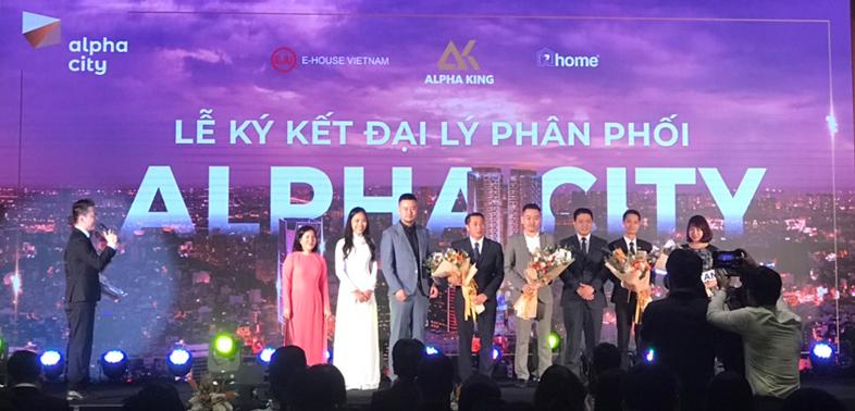 Đại diện chủ đầu tư Alpha King và các đại lý phân phối Alpha City tại Hà Nội