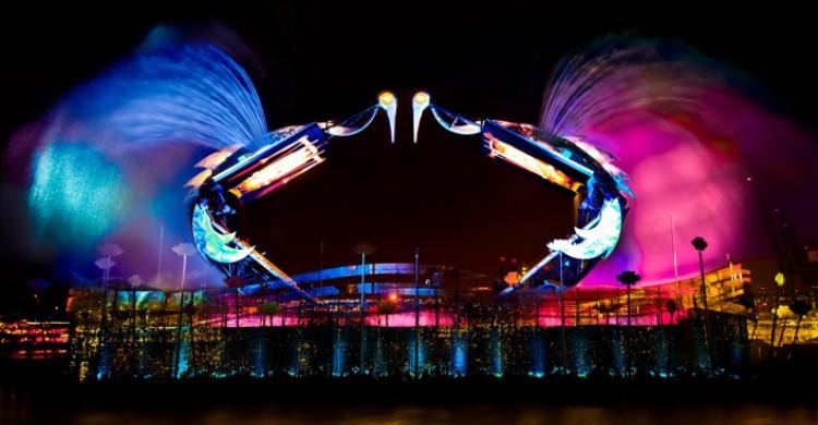 Wings of time là một trong những show trình diễn công nghệ vortex đỉnh cao hàng đầu thế giới