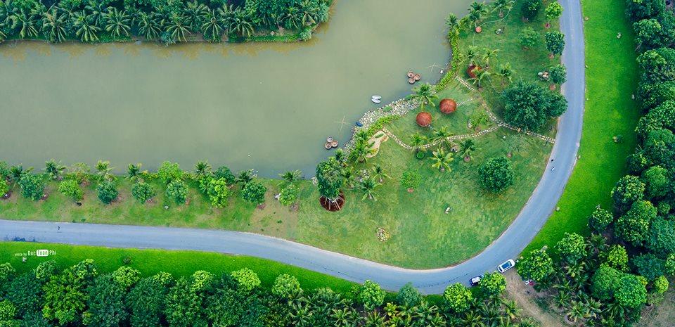 Cung đường ven hồ tuyệt đẹp bao quanh dự án biệt thự đảo Ecopark Grand - The Island