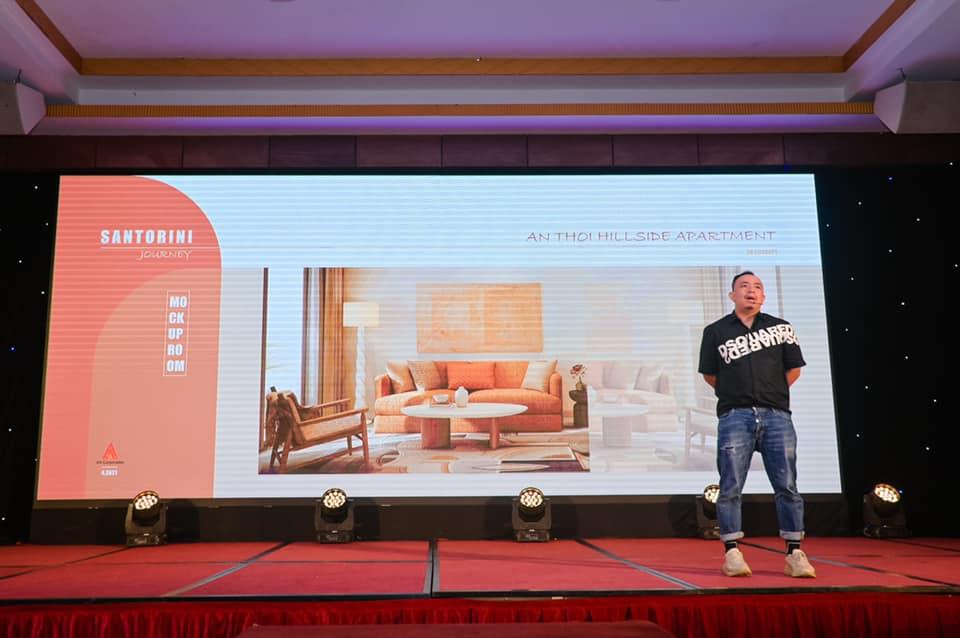 Ông Nguyễn Huy Lân - Interior Design Director AA Corporation chia sẻ về cảm hứng Santorini trong thiết kế nội thất căn hộ Sun Grand City Hillside Residence.
