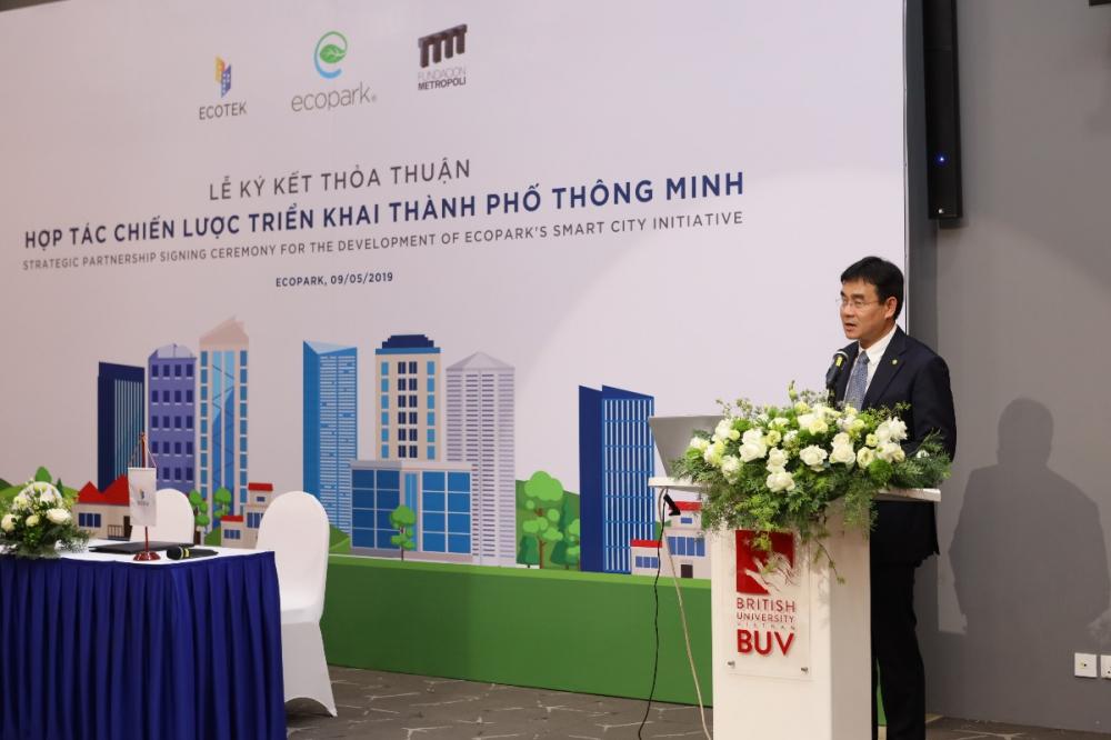 Ông Bùi Tiến Hùng chia sẻ về những định hướng phát triển dự án thành phố thông minh tại khu đô thị Ecopark