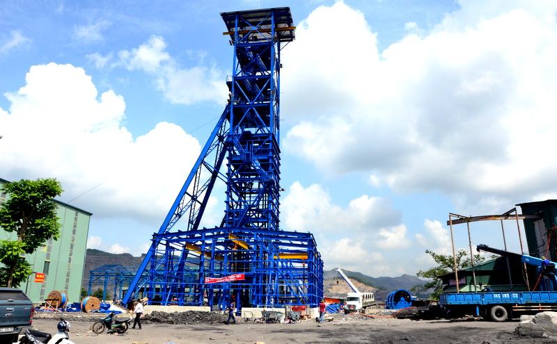 quang ninh dong cua mo than ngoai troi để Quảng Ninh cải thiện môi trường sống