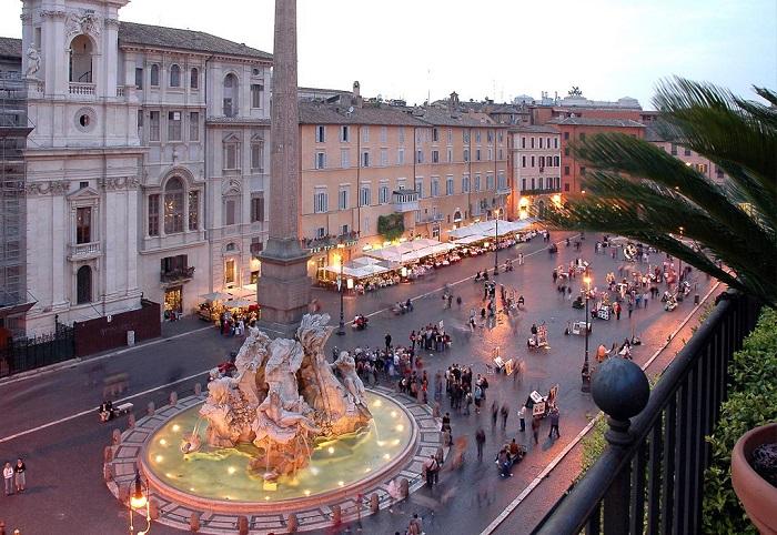 Quảng trường Piazza Navona là niềm tự hào của người dân Italia