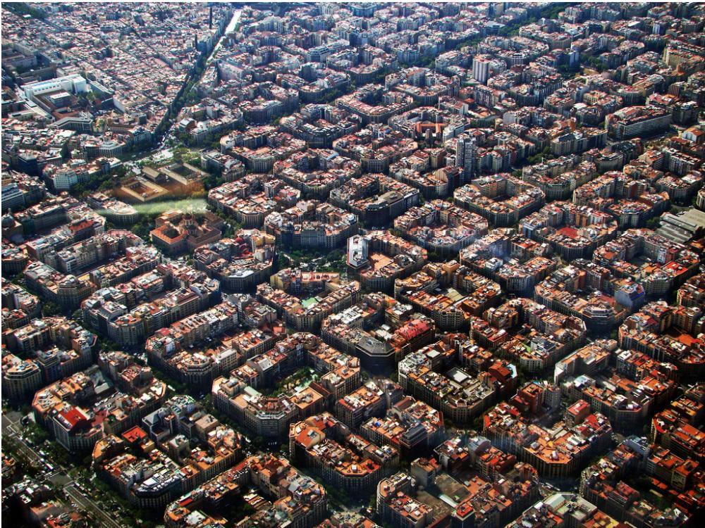 Quận Eixample - Barcelona là một trong những hình mẫu cho mô hình quy hoạch bàn cờ