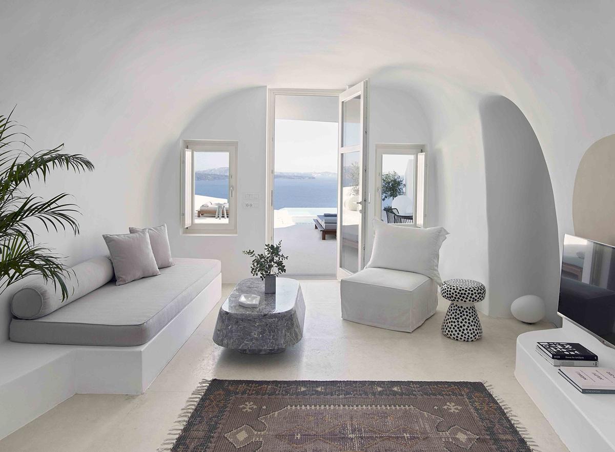 Nét đặc trưng thiết kế Santorini đó là căn nhà có mái vòm thoáng chan hòa không gian và ánh sáng bên ngoài
