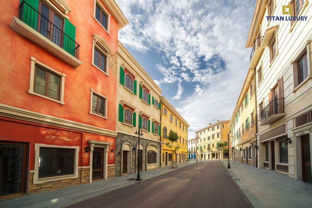 Những con phố đậm màu sắc lãng mạn chẳng khác gì thành phố tình yêu Venice