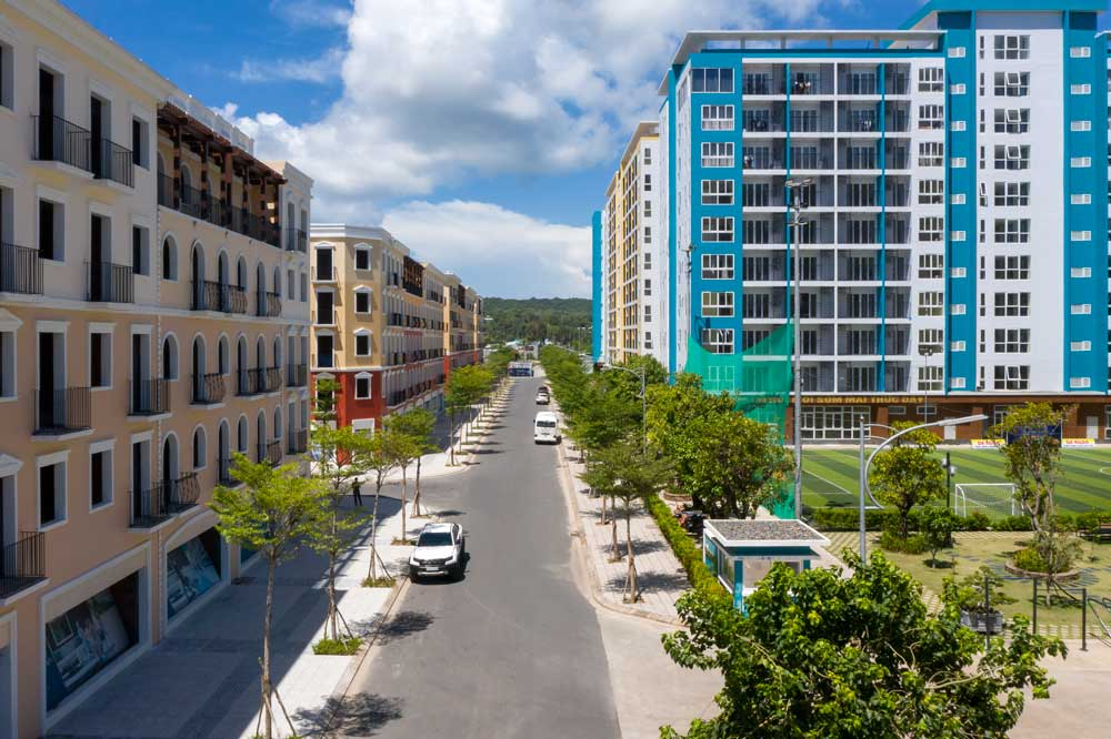 Các căn nhà phố trên trục đường Seta 5 đối diện Sun Home