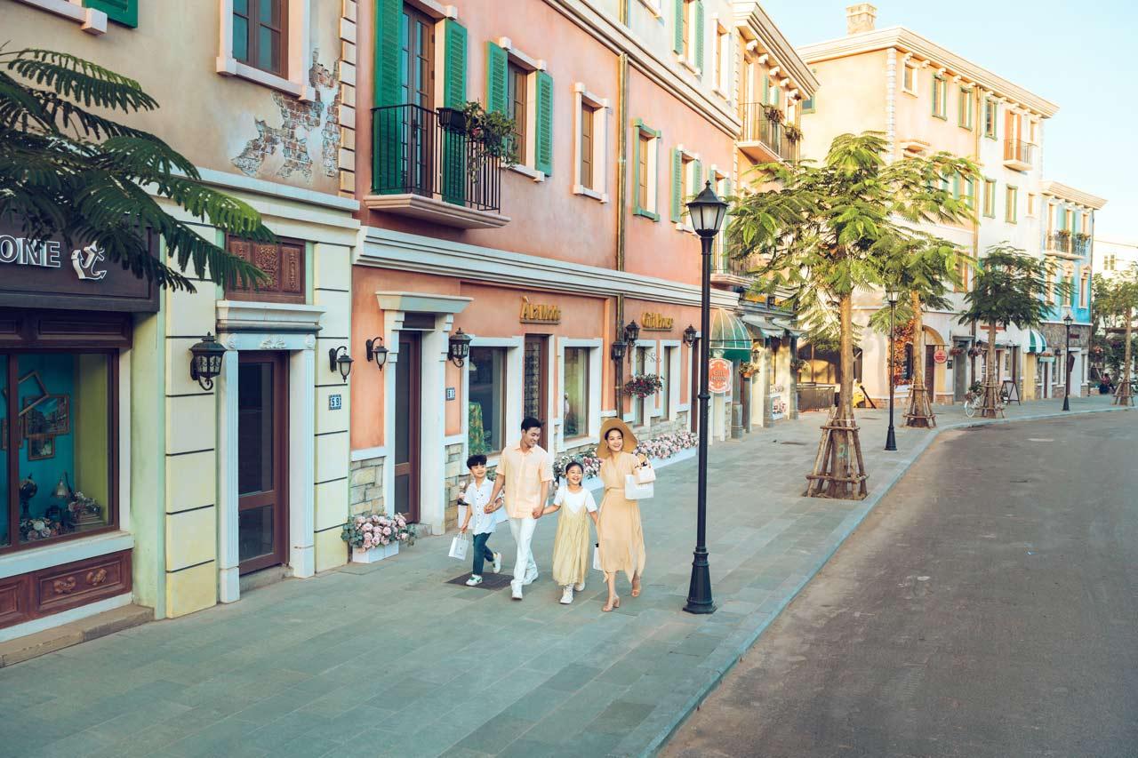 100% căn shophouse Địa Trung Hải đã hoàn thiện mặt ngoài